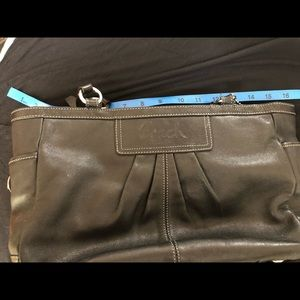 Black Leather Coach Purse & Change Purse